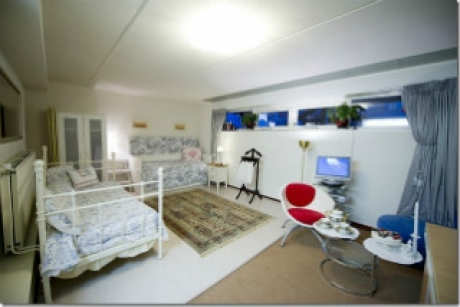 Bed and breakfast almere aan de pier sub 7 for Amsterdam affittacamere