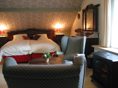 Bed and breakfast heythuysen pronkkamer de hoge peel - Blauwe nachtkamer ...